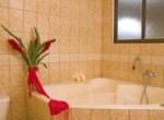 penthouse_tub